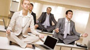как юристу, аудитору, или адвокату найти клиентов в интернете